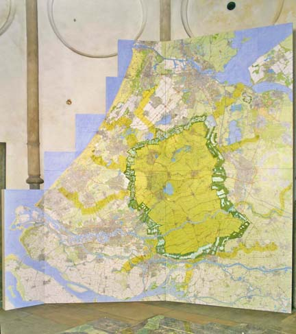 The first proposal.  Where the Green Heart is defined by a biodiversity ring and the cities divided by park lands.